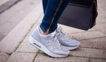 6f0ce154745 Ελβιέλα: Το Αθλητικό Παπούτσι, το Σωστό, το Ελληνικό | ΦΩΤΟ