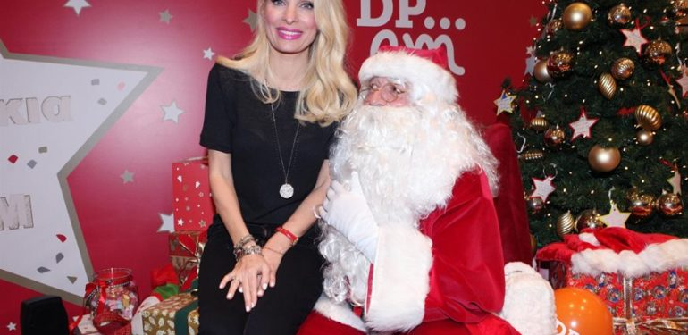 Δεν θα πίστευετε σε ποια χριστουγεννιάτικη εκπομπή είναι καλεσμένη η Ελένη  Μενεγάκη 0308ef6854b