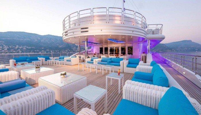 Κρήτη: 30 δις περιουσία έχει ο ιδιοκτήτης του γιοτ που έφτασε στα Χανιά! | ΦΩΤΟ & ΒΙΝΤΕΟ