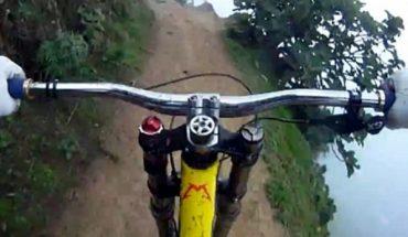 ποδηλατης γκρεμος