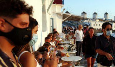 τουριστες μασκες