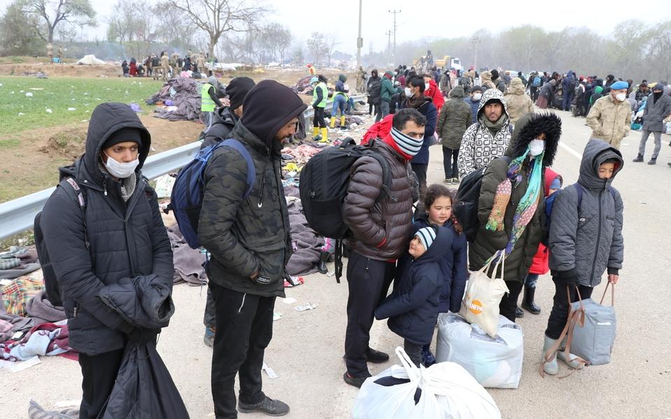 μετανάστες κορονοϊός