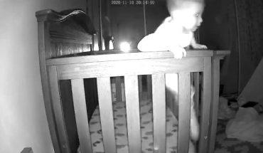 Κάμερα Ασφαλείας: Μωρό-δραπέτης το σκάει από την κούνια του! | ΒΙΝΤΕΟ