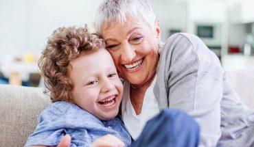 Δείτε γιατί όσοι ΧΑΜΟΓΕΛΟΥΝ ζουν περισσότερα χρόνια! | ΒΙΝΤΕΟ