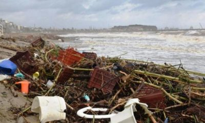 σκουπίδια παραλία Ρεθύμνου