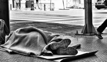 άστεγος