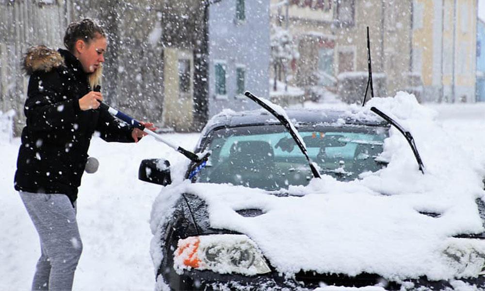 χιονι αυτοκινητο