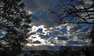 αστατοσ καιρος συννεφια