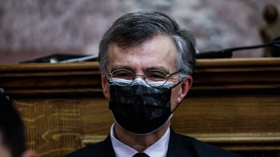 μάσκα Τσιόδρας