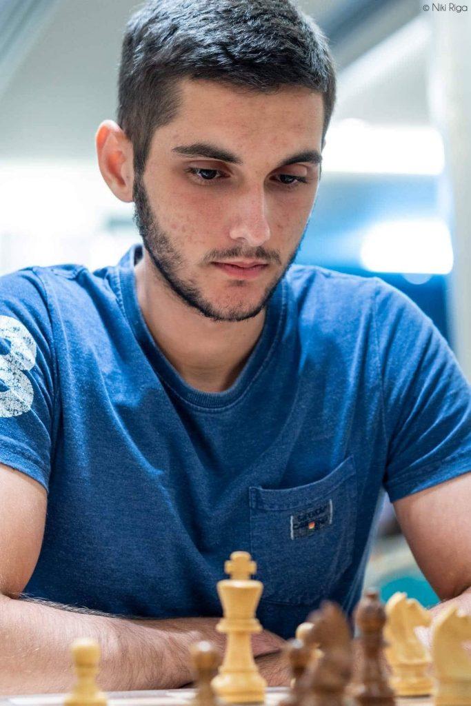 ρεθυμνιωτης σκακιστας