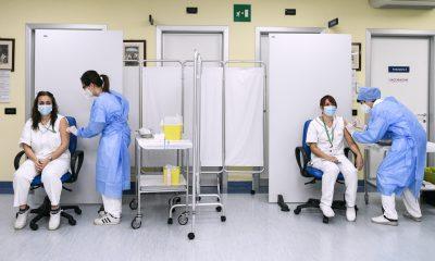 νοσοκόμα εμβόλιο