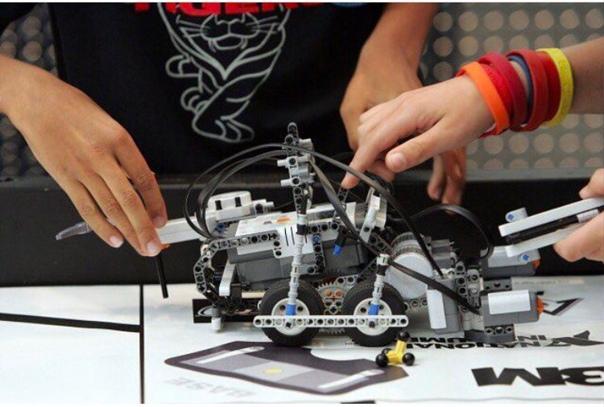 SCHILLER ROBOTICS