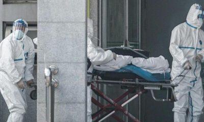 ασθενης με κορονοιος μπαινει σε νοσοκομειο με φορειο