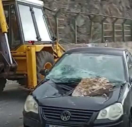 Βράχος αυτοκίνητο Αράχωβα